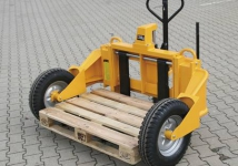 New in assortment Pallet lifter